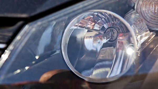 ​How to Buy Halogen Headlight Bulbs