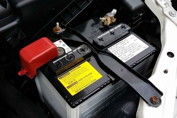 ​How to Buy a Car Battery