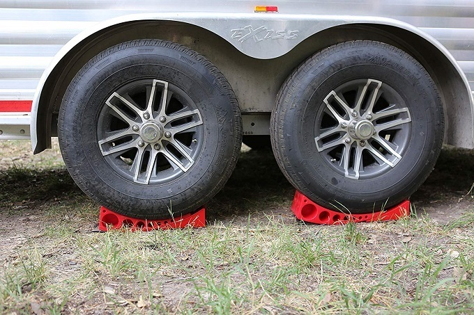 How To Buy The Best RV Leveling Block