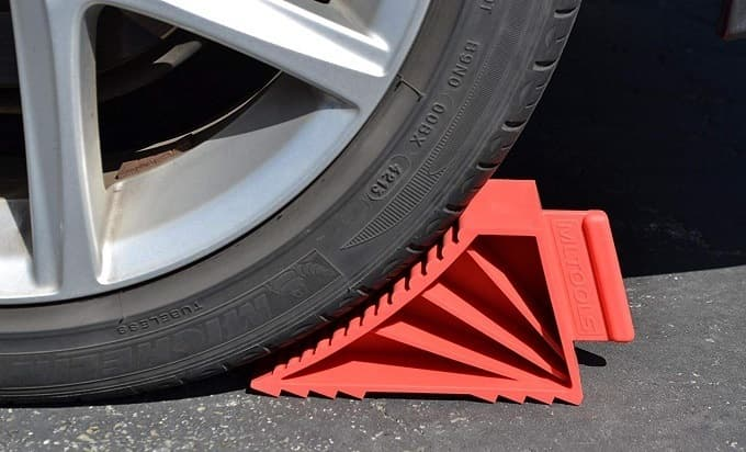 How to Buy the Best Wheel Chocks