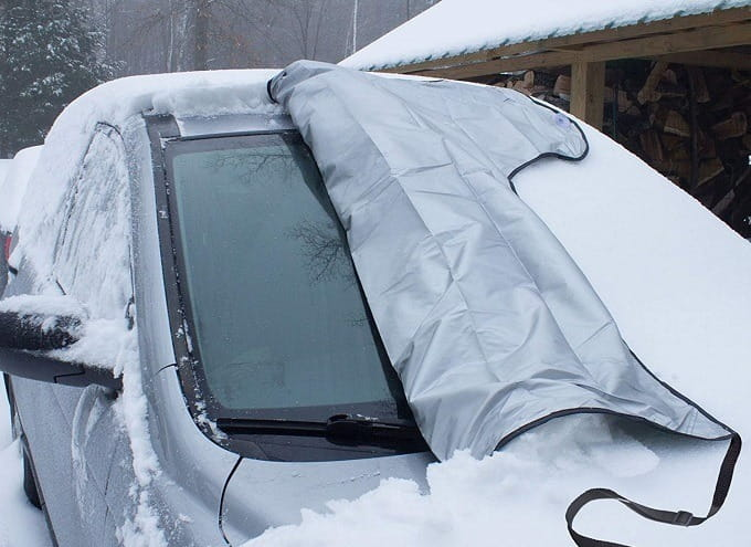 How to Buy the Best Windshield Snow Cover