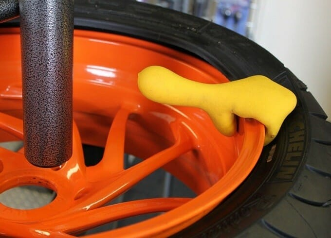 How to Buy the Best Motorcycle Tire Changer