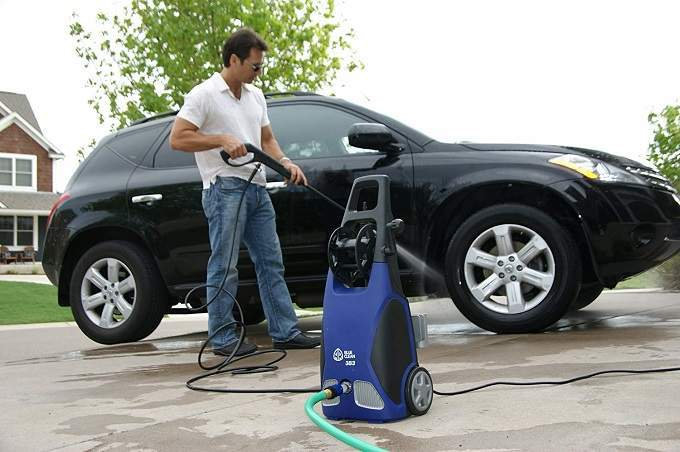 How to Buy the Best Pressure Washer for Cars
