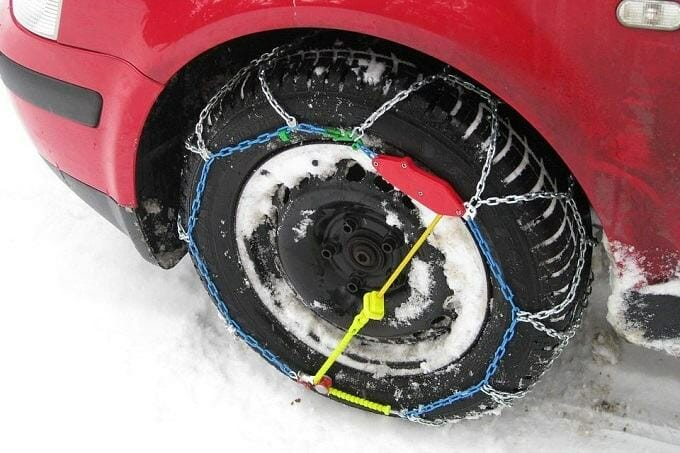 The Legality of Tire Chains in the United States