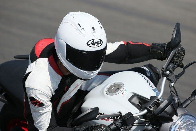 How to Buy the Quietest Motorcycle Helmets