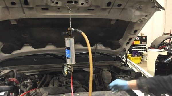 How To Use A Fuel Injector Cleaning Kit