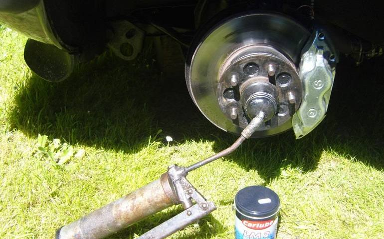 How To Buy The Best Wheel Bearing Greases
