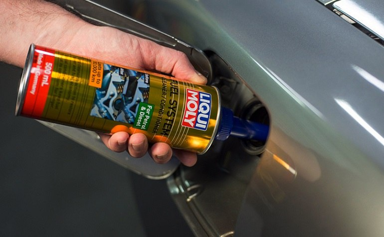 How to Use a Catalytic Converter Cleaner