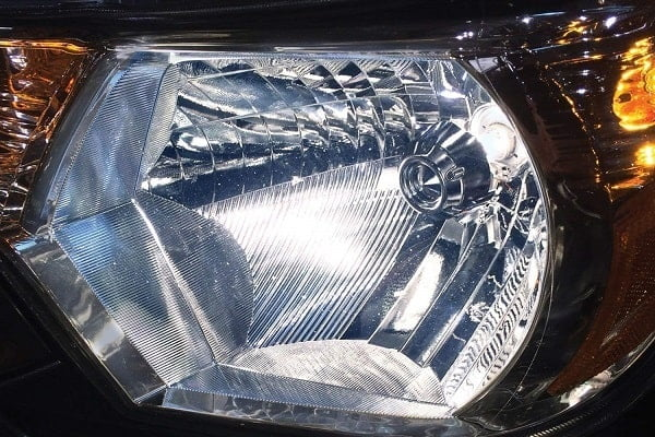 How to Buy the Best Headlight Bulb